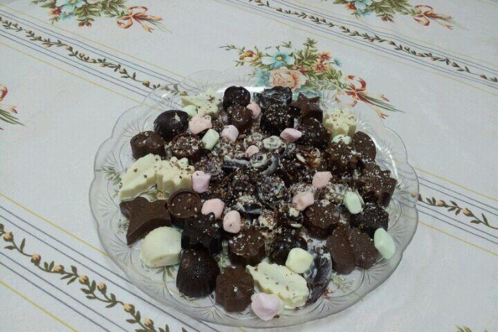 كريستال شوكولا لعمل الحلويات المنزليه وبأشكال جدا لذيذه 194.imgcache.jpg