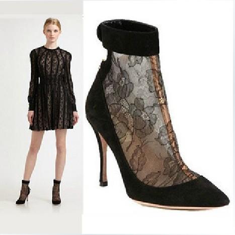 السعر فقط 380 ريال للأحذية valentino 3107.imgcache.jpg