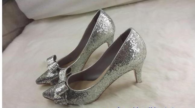 السعر فقط 380 ريال للأحذية valentino 3244.imgcache.jpg