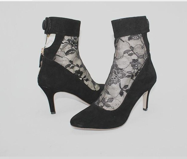 السعر فقط 380 ريال للأحذية valentino 3274.imgcache.jpg