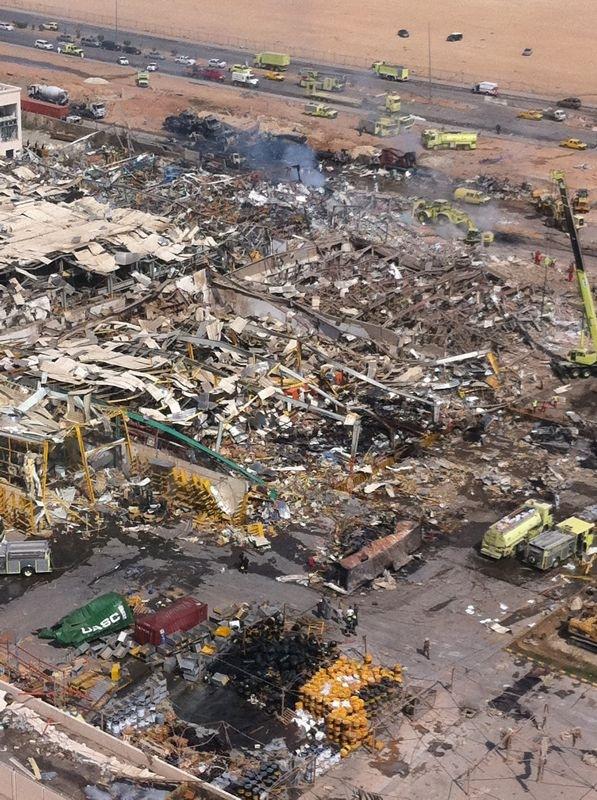 صور انفجار الرياض، تفجر سيارة الغاز 4283.imgcache.jpg