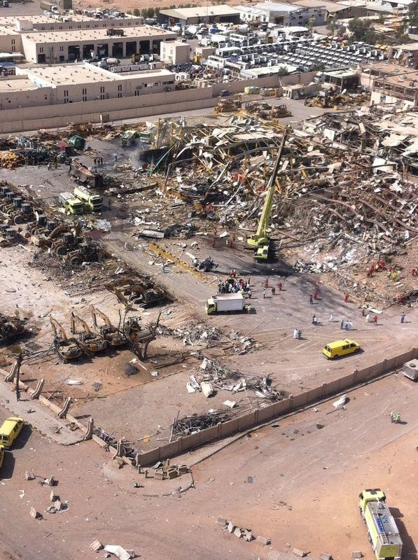 صور انفجار الرياض، تفجر سيارة الغاز 4287.imgcache.jpg
