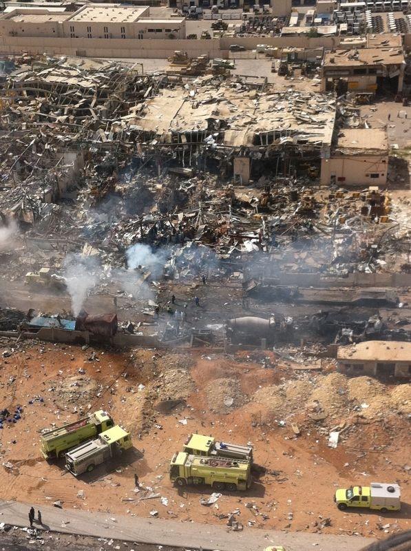 صور انفجار الرياض، تفجر سيارة الغاز 4289.imgcache.jpg