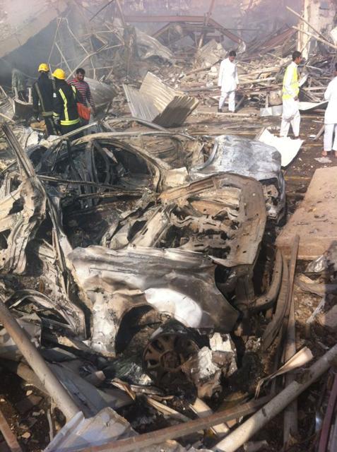 صور انفجار الرياض، تفجر سيارة الغاز 4292.imgcache.png