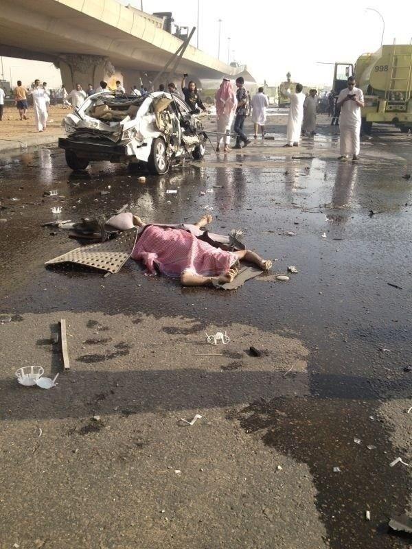 صور انفجار الرياض، تفجر سيارة الغاز 4295.imgcache.jpg