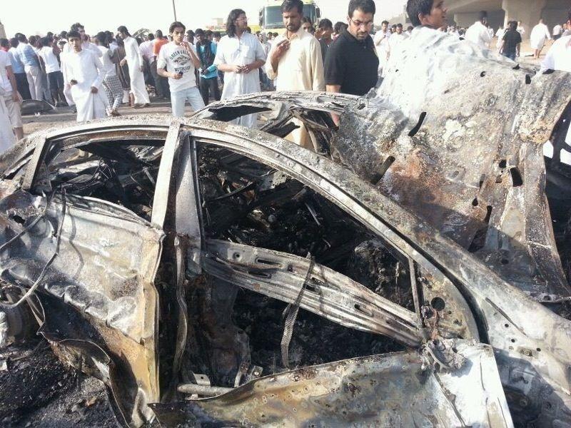صور انفجار الرياض، تفجر سيارة الغاز 4296.imgcache.jpg