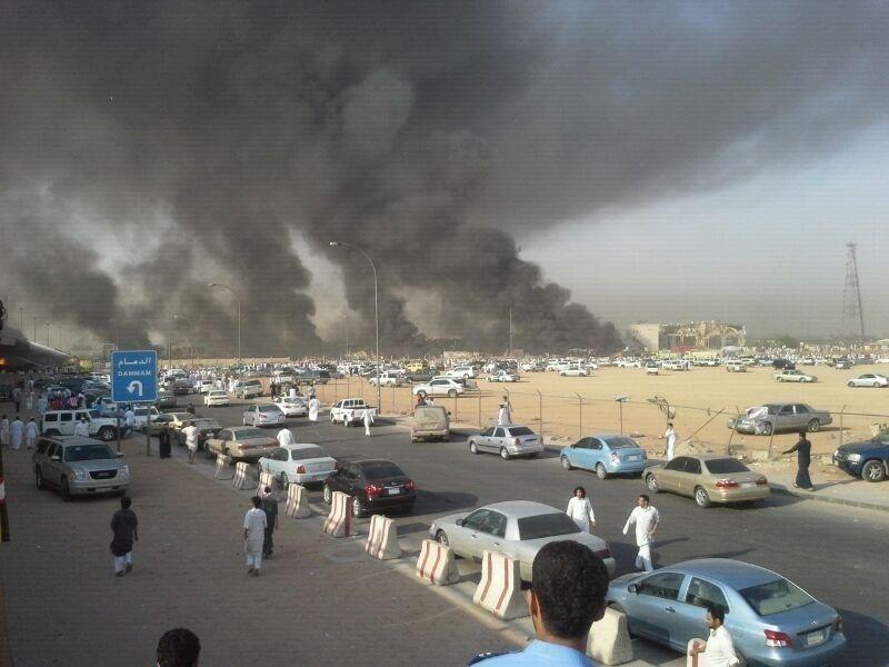 صور انفجار الرياض، تفجر سيارة الغاز 4301.imgcache.jpg
