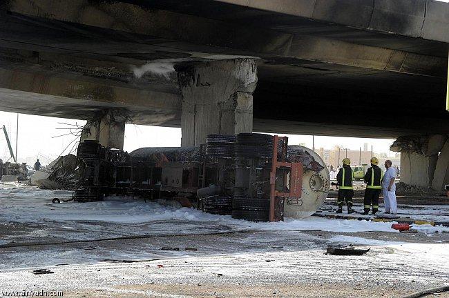 صور انفجار الرياض، تفجر سيارة الغاز 4323.imgcache.jpg