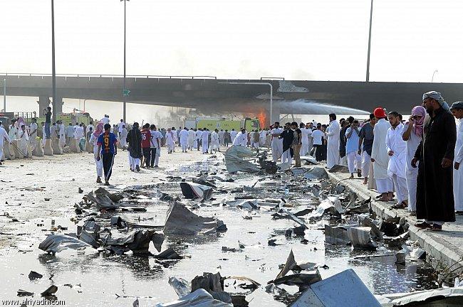 صور انفجار الرياض، تفجر سيارة الغاز 4325.imgcache.jpg