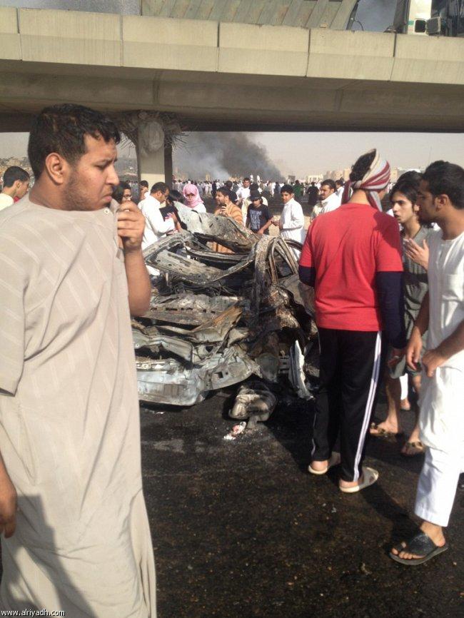 صور انفجار الرياض، تفجر سيارة الغاز 4332.imgcache.jpg
