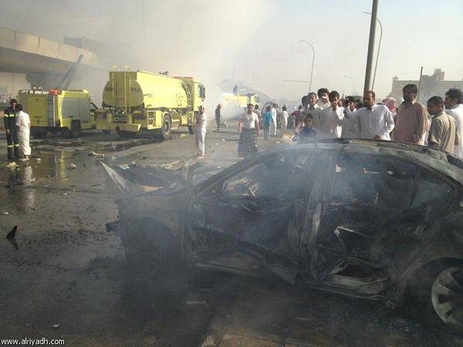 صور انفجار الرياض، تفجر سيارة الغاز 4333.imgcache.jpg