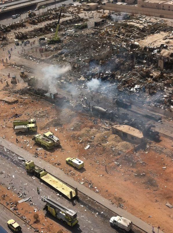 صور انفجار الرياض، تفجر سيارة الغاز 4340.imgcache.jpg