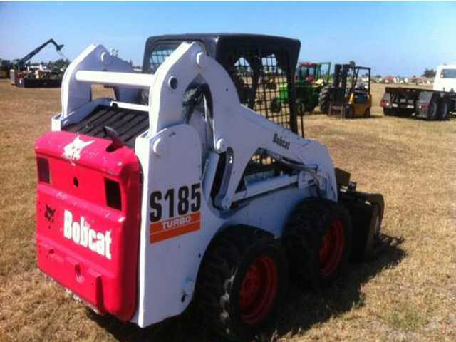 35C-2004 Bobcat S185 Skid Steer Loader with OROPS 5426.imgcache.jpg