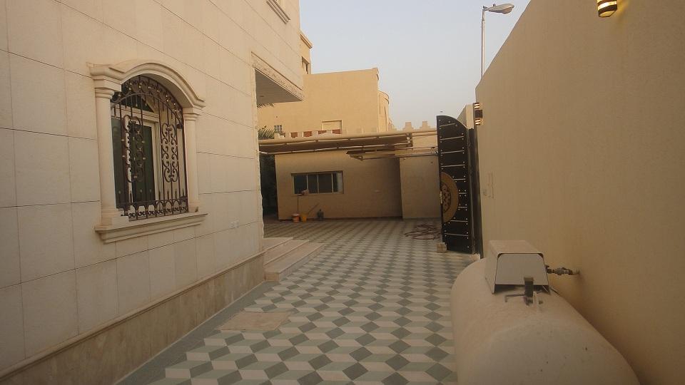 للبيع فيلا حي الغدير - المساحه 704م2 5682.imgcache.jpg