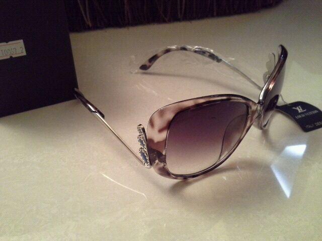 شنط ونظارات تقليد درجة أولى وبأسعار مغرية حيااااكم 5799.imgcache.jpeg