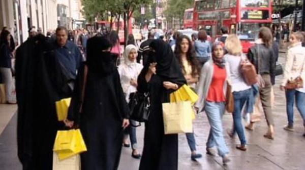 السعوديين سفر السفر