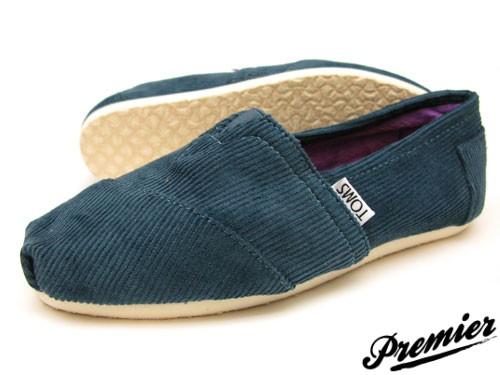 لمن يريد شراء احذية toms اقدم له هذه النصيحة المجانية 299_11347821014.jpg